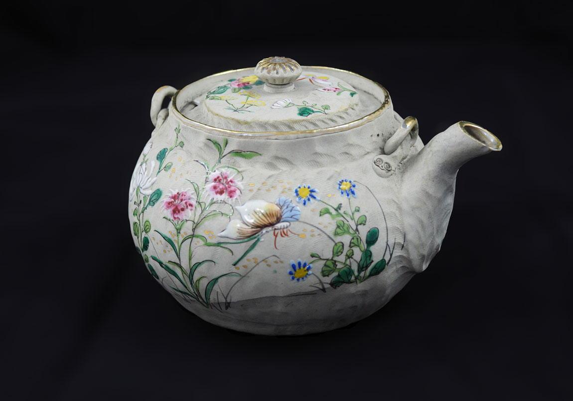 Chinese-Antique-Tea-pot